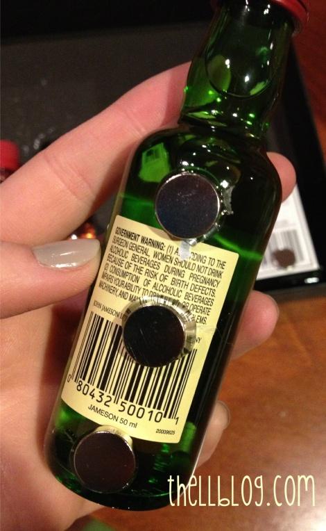 8 magnets on bottle