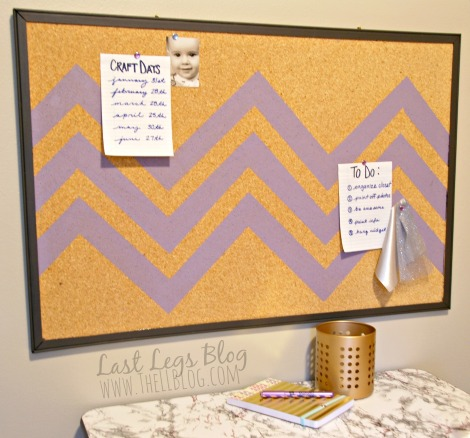 How-to-paint-a-Corkboard 2